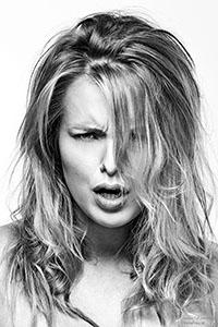 Portretfotografie raw door Mischa Koorneef van Foto Finis